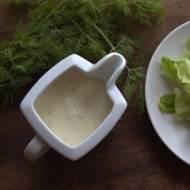 Sałata z sosem jogurtowo-musztardowym