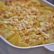 Zapiekanka z ziemniaków z wędzonym twarogiem