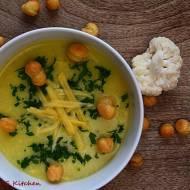 Zupa krem z kalafiora i sera żółtego