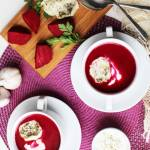 Zupa krem z pieczonych buraków z kozim serem