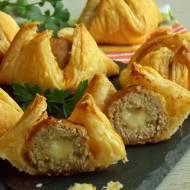 Klopsiki z mozzarellą w cieście francuskim