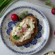 Pasta jajeczna z rzodkiewką