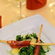 Paluszki grissini z szynką parmeńską