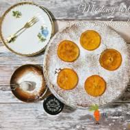 Miodowy tort z masą mandarynkową