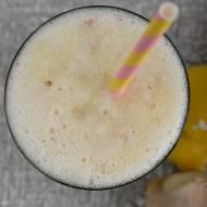 Koktajl zdrowotny – cytryna, imbir i miód!