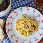 Jajecznica z wędzonym łososiem