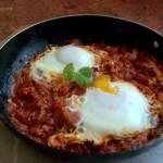 Szakszuka- jajka w pomidorach