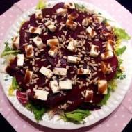 Sałatka z burakiem i serem feta