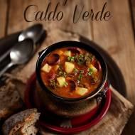 Caldo Verde- pikantna zupa z jarmużem, chorizo i wędzoną papryką