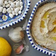 Hummus z białej fasoli