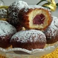 Pączki z ciasta parzonego smażone
