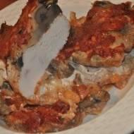 Piersi kurczaka w majonezie z pieczarkami serem i ketchupem