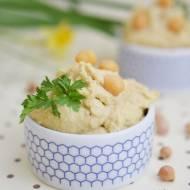 Hummus z czosnkiem