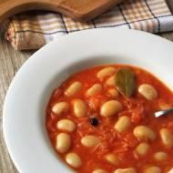 """Zupa """"Fasola na winno"""" – kuchnia podkarpacka"""