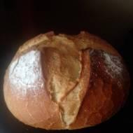 Chleb pszenny ,drożdżowy.
