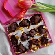 Śliwki w czekoladzie z marcepanem