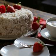 Tort kokosowy z kremem budyniowym