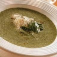 Zupa krem ze szpinaku z migdałami