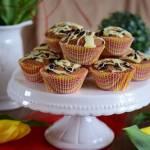 Muffinki orzechowe z berberysem