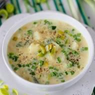 Bardzo niezdrowa zupa ziemniaczano-porowa