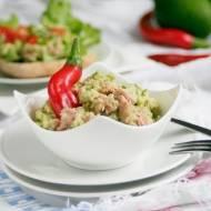 Sałatka z awokado i tuńczyka - idealna na kanapki