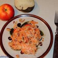 Surówka z czarnej rzepy z owocami goji i orzechami arachidowymi