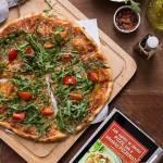 Jak upiec w domu pizzę jak z włoskiej pizzerii? - darmowy ebook na Międzynarodowy Dzień Pizzy!