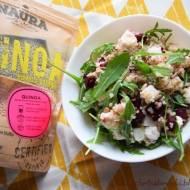 Sałatka z kaszą Quinoa, pieczonym burakiem, prażonym słonecznikiem, serem feta i rukolą