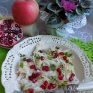 Sałatka z białej rzodkwi,jabłka i granatu