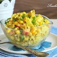 Sałatka curry z kurczakiem i kukurydzą