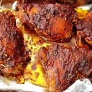 Afrykańskie pieczone udka z kurczaka