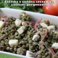 Sałatka z zieloną soczewicą i serem gorgonzola