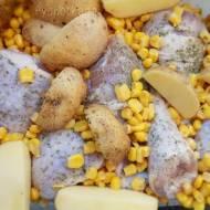Pałeczki kurczaka zapiekane z kukurydzą