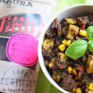 Bio Canihua z indykiem, suszonym pomidorem, cukinią i kukurydzą