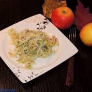 Surówka z porów, jabłek i ogórka
