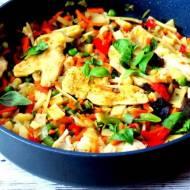 Pierś z indyka z warzywami i z olejem lnianym– danie szybkie i jednogarnkowe