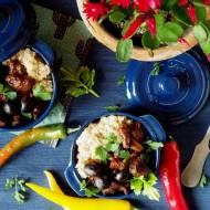 Quinoa i pikantny gulasz z sercem