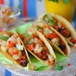 Tacos z wieprzowiną i salsą