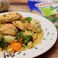 Pierś kurczaka na kuskusie z warzywami