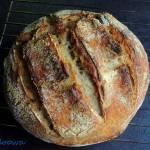 Chleb pszenno - żytni na zakwasie jabłkowo - pomarańczowym