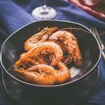 Krewetki w maśle z chilli i czosnkiem