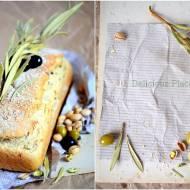 Chleb owsiany oliwkowo-pistacjowy