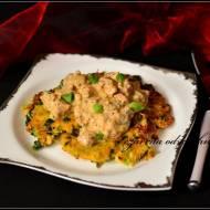 Placuszki kapuściane z sosem z kurczaka