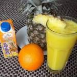 Smoothie pomarańczowo anansowo kokosowe