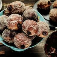 Pączki cynamonowe nadziewane czekoladą