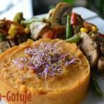 Kurczak z warzywami i purée z batata