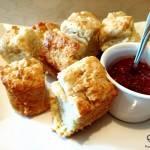 Ciasto śniadaniowe na maślance – buttermilk biscuit