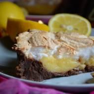 Tarta cytrynowa z bezą na wafelkowym spodzie Lusette