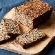 Chleb z nasion, orzechów i kasz