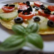 Omlet a'la pizza na śniadanie